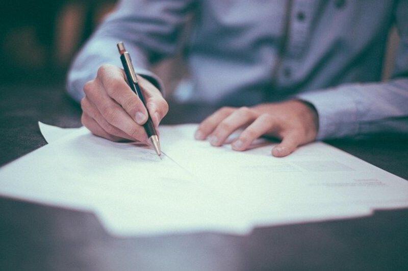 Umowa przedwstępna. Jak powinna wyglądać?